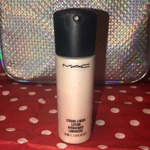 MAC strobe liquid lotion for face
